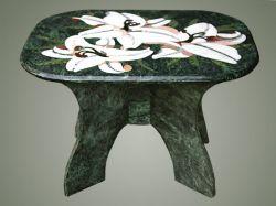 Журнальный столик с мозаикой
